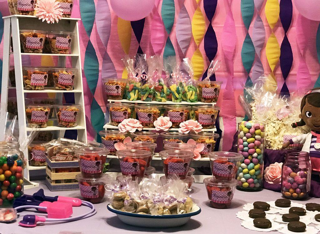 Deli mesas mesa de dulces for Backdrop para mesa de dulces
